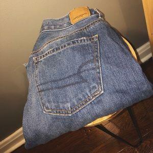 American Eagle Mom Jeans NWOT